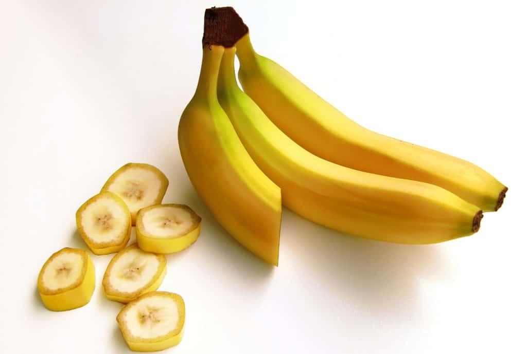 Bananen sind eine gesunde Zutat für Hundekekse.